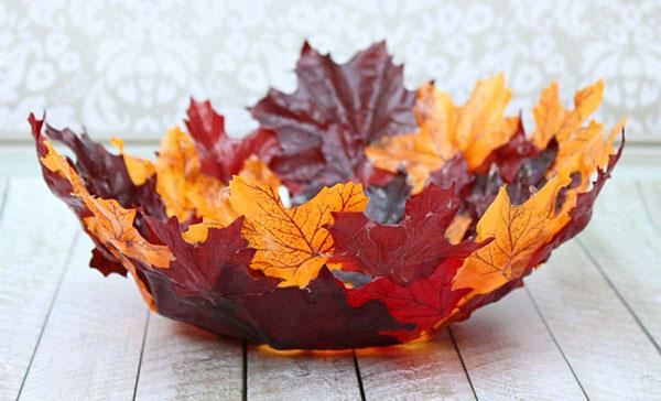 Оригинальная ваза из осенних листьев своими руками