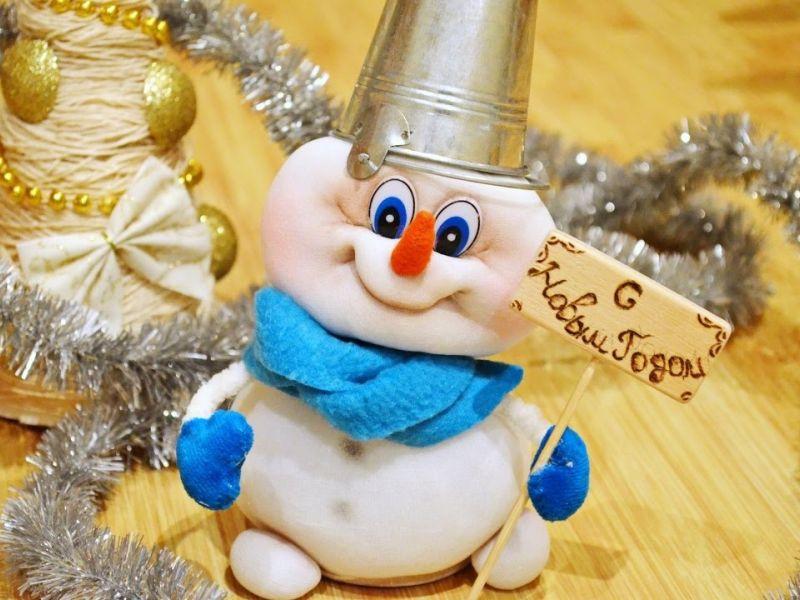 Из чего можно сделать снеговика своими руками: 20 идей