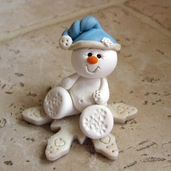 Снеговичок из солёного теста