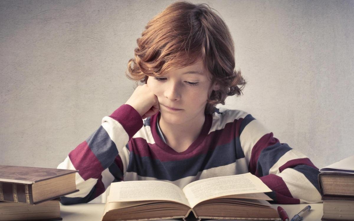 Почему внеклассное чтение необходимо вашему ребенку