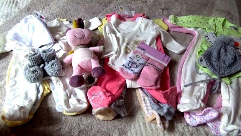 Почему нельзя кидать детские грязные вещи на пол