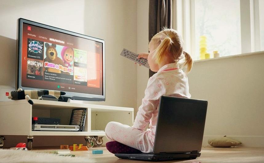 Все по порядку: вредно ли ребенку смотреть телевизор, как долго можно смотреть и какие передачи выбирать для просмотра