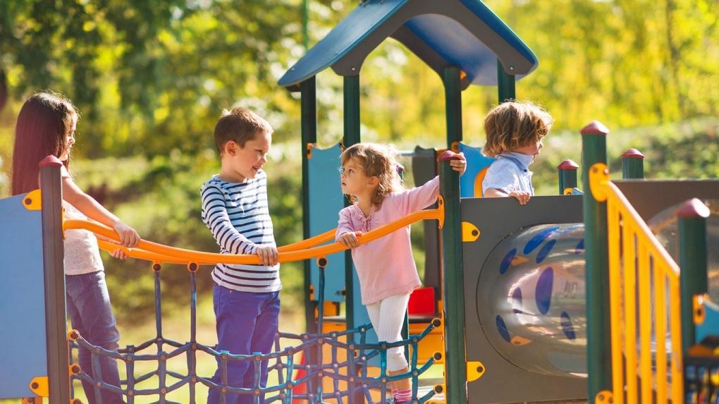 На любой вкус и цвет: как понять, что район подходит для жизни с детьми