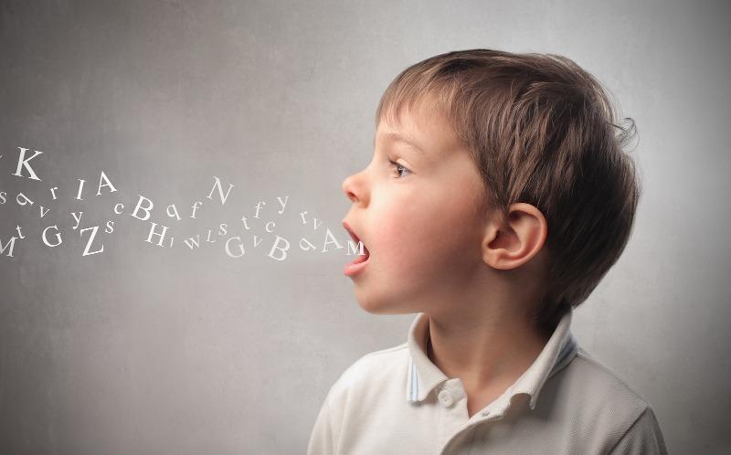 Болтливый ребенок: как его угомонить хоть на некоторое время