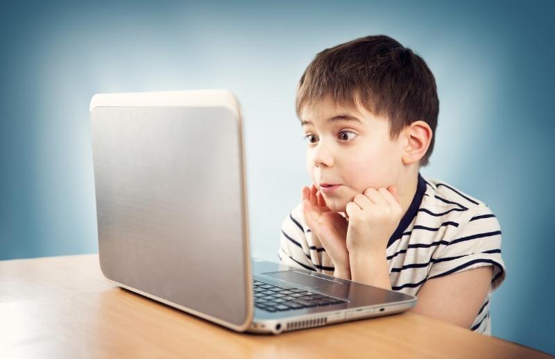 Мама, я онлайн: что должно насторожить родителей в интернет-друзьях ребенка