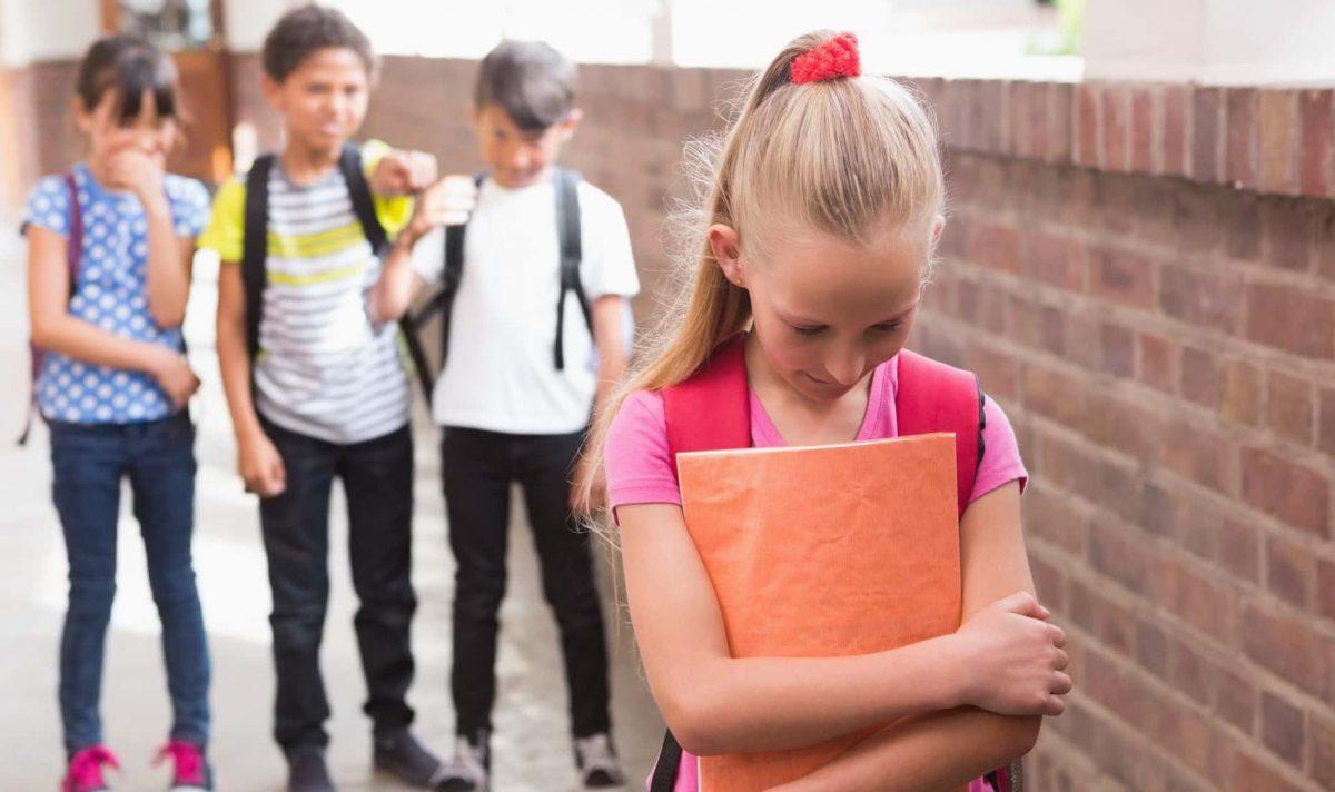 Как понять, что ребенка обижают в школе, даже если он ничего не рассказывает