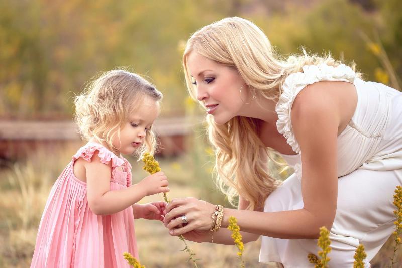 Мама или папа: кто должен давать имя ребенку