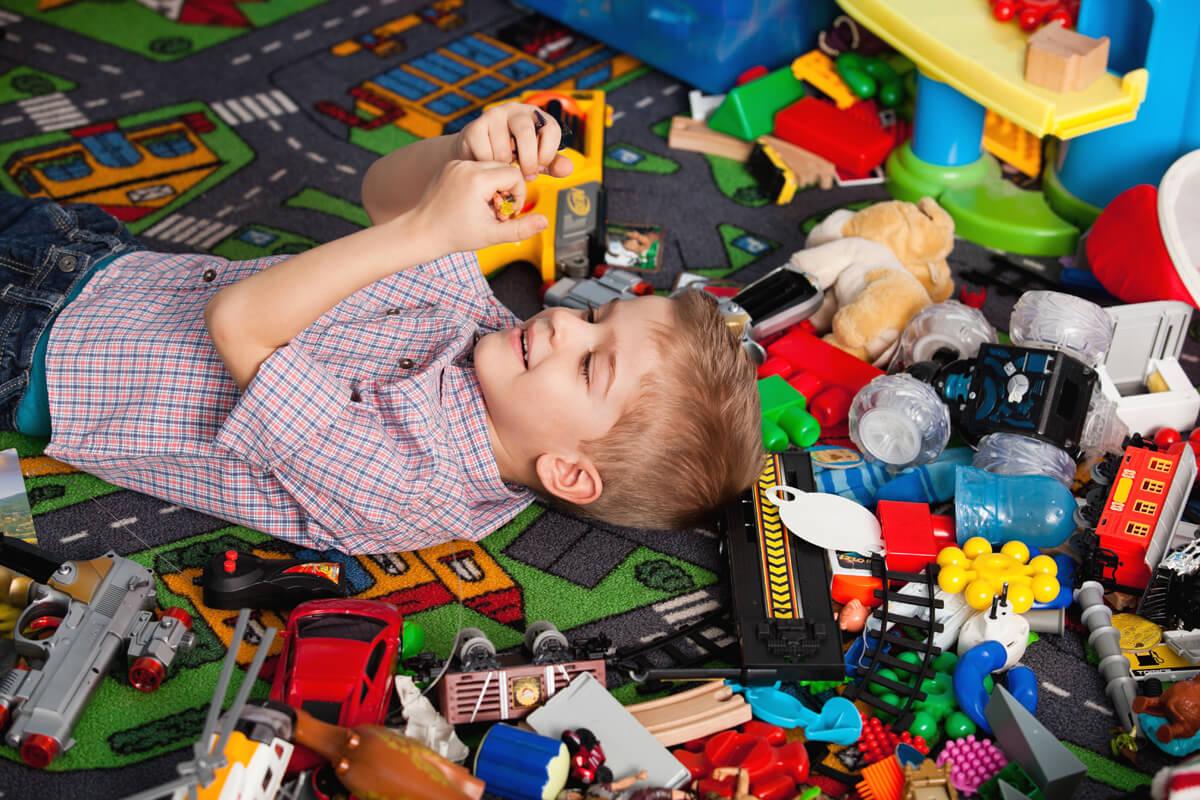 Чтобы не валялись в дальнем углу: какие игрушки стоит покупать детям согласно знаку Зодиака