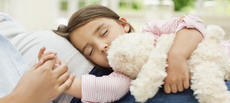 9 полезных советов, которые помогут научиться быстро укладывать ребенка спать