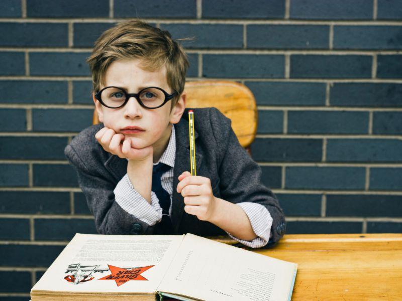 Почему в первом классе не ставят оценки