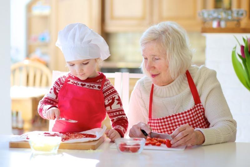 5 причин отказаться от помощи бабушки и воспитывать ребенка самостоятельно