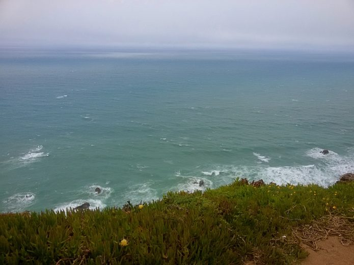 Вид на море с мыса Рока