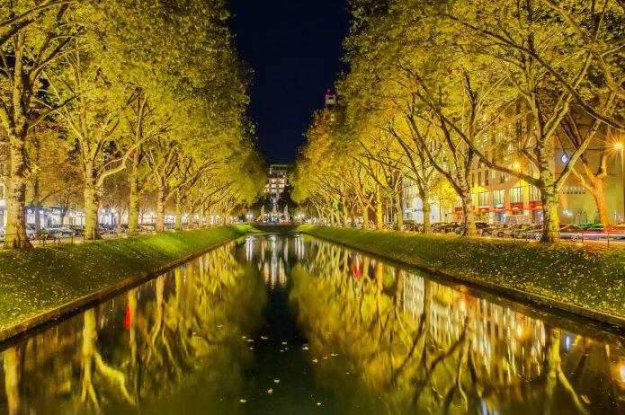 Осенний вечер на Королевской аллее