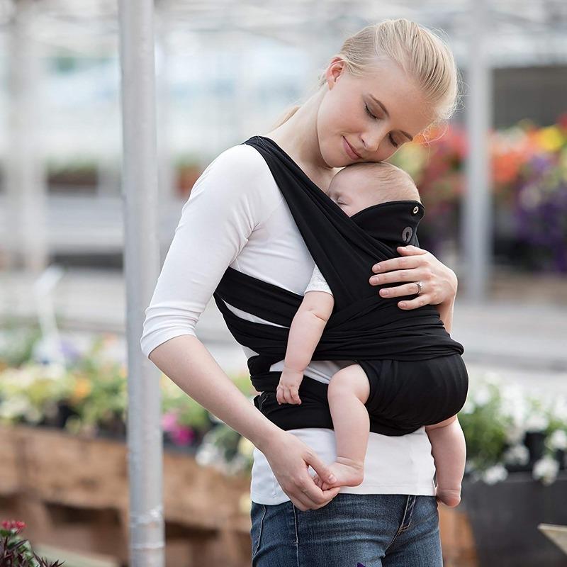 7 самых бесполезных подарков для молодых родителей