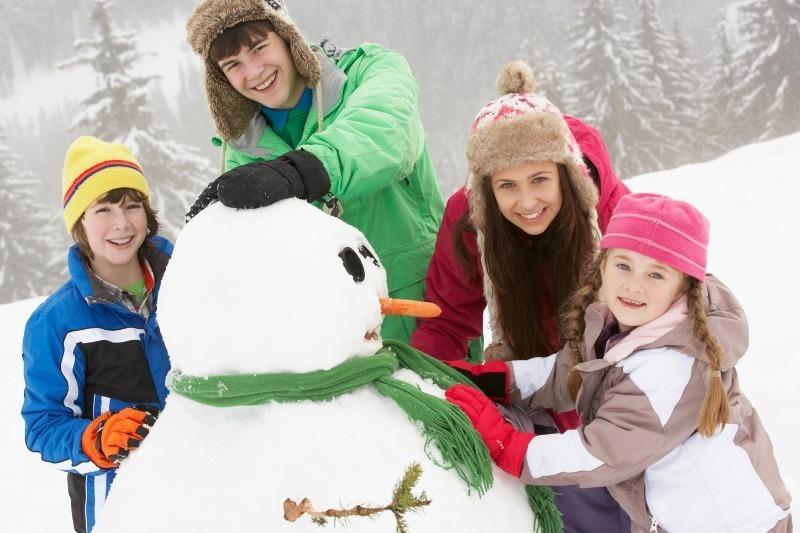 10 способов весело провести новогодние каникулы вместе с детьми