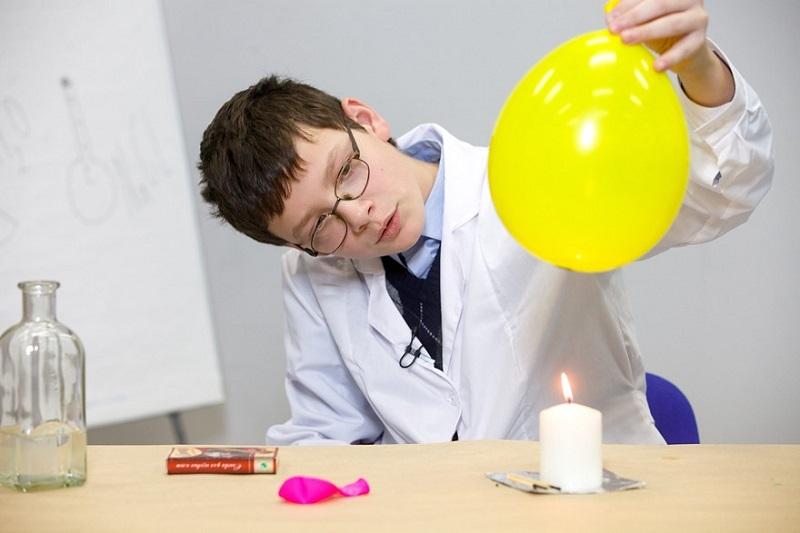 7 простых опытов, после которых ваш ребенок захочет стать ученым
