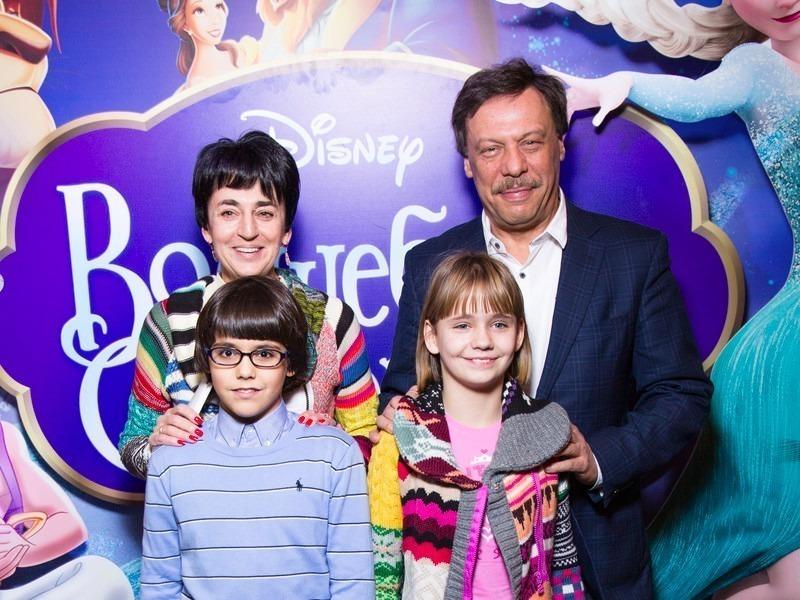 5 российских знаменитостей, которые стали приемными родителями